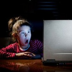 Ailenin internet arama geçmişini öğrenmesini mi isterdin?