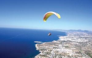 Kıbrıs'ta Yamaç Paraşütü